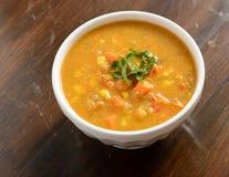 白薯在碗的玉米汤 库存照片
