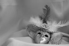 黑白装饰微型面具 免版税图库摄影