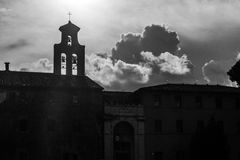 黑白钟楼 免版税库存照片