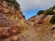 白陶土矿, Quattropani在利帕里岛,风神海岛,西西里岛,意大利 图库摄影