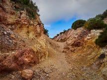 白陶土矿, Quattropani在利帕里岛,风神海岛,西西里岛,意大利 库存照片