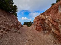 白陶土矿, Quattropani在利帕里岛,风神海岛,西西里岛,意大利 免版税库存照片