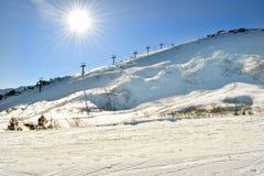 白马山脉在下午早期的冬天 库存照片