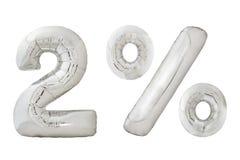 百分之两在白色的镀铬物金属气球 免版税库存照片