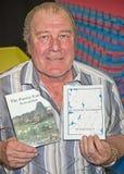 他的书发射的约翰Greene 免版税库存照片