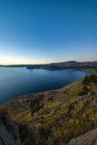 的喀喀湖日落科帕卡巴纳玻利维亚 免版税图库摄影