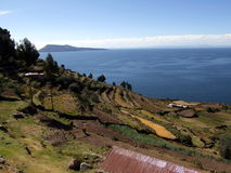 的喀喀湖的看法从Taquile海岛的 免版税图库摄影