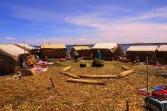 的喀喀湖,秘鲁/9月14日2013/Tourist参观漂浮 库存照片
