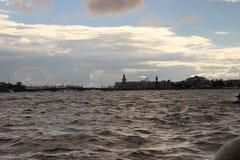 从水的圣彼得堡 免版税库存照片