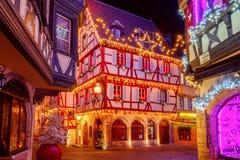 的圣诞前夕法国城市科尔马 免版税库存图片