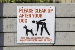 负责任的宠物所有者-警报信号 库存照片
