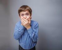 10年的少年男孩欧洲人出现 免版税库存照片