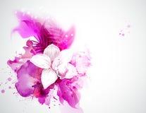 轻的开花的兰花和棕榈叶在抽象背景 免版税库存图片