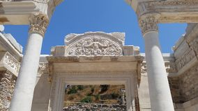 他的恋人的Hadrians寺庙 图库摄影