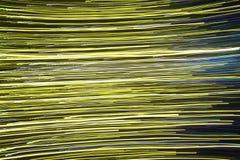 轻的显示、色的激光、镜子墙壁和镜子球,抽象背景 免版税库存图片