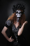 死的概念和题材的美好的创造性的面孔油漆天 免版税库存图片