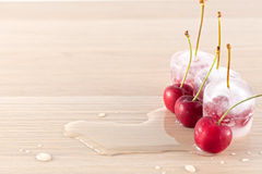 冻结的樱桃 库存图片