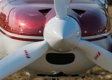 轻的欧洲之星双座涡轮螺旋桨发动机航空器 库存照片