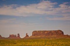 他的王位的国王在中部是一个巨型砂岩格式 库存图片
