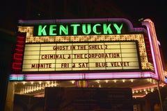 说的电影院的列克星敦肯塔基霓虹大门罩标志肯塔基 免版税库存图片