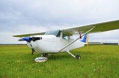 轻的私有飞机C172 免版税库存图片