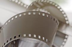 轻的表面上的被曝光过度的影片 免版税库存图片