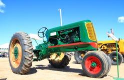 经典美国拖拉机: 奥利佛史东70 免版税库存照片