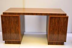 从1922的鲍豪斯建筑学派桌由埃里奇Dieckmann设计了1896-1944 库存照片