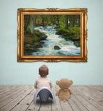 画廊的婴孩 库存图片