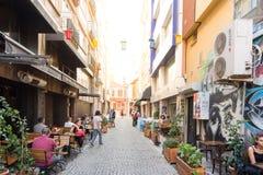 的Kadikoy普遍的街道看法人们喜爱走和参观 库存照片