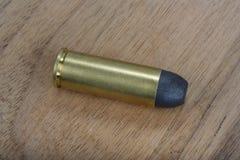 的treadled 45把左轮手枪弹药筒狂放的西部期间 图库摄影