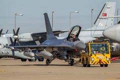 皇家丹麦空军队通用动力公司F-16AM `战隼`战机E-008 免版税库存照片