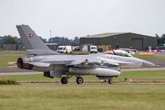 皇家丹麦空军队通用动力公司F-16AM `战隼`战机E-008 库存照片