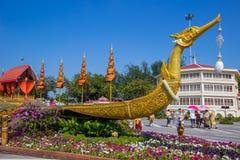 皇家冬天节日,联合国Ai Rak Khlai Khwam Nao,皇家广场、Dusit宫殿和萨娜姆Suea Pa的,曼谷,泰国March3,2018的:Repl 库存照片