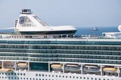 皇家加勒比船漏斗 免版税库存图片