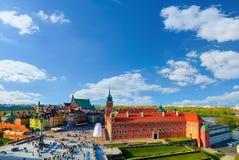 皇家城堡和老镇在一个夏日 库存图片
