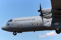 皇家挪威人空军队Luftforsvaret洛克西德・马丁C-130J-30赫拉克勒斯军用货物航空器 免版税库存照片