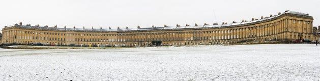 皇家新月在雪的巴恩 库存照片