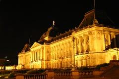 皇家晚上的宫殿 库存照片