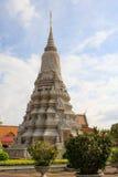 皇家柬埔寨复杂的宫殿 免版税库存照片