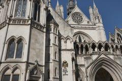 皇家法院的外部在伦敦,英国,英国 免版税库存图片