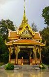 皇家泰国被称呼的亭子,建造为泰国和瑞士之间的关系,在美丽的Denantou公园 库存照片