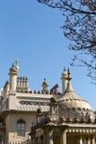皇家穹顶宫在没有云彩的一个晴天在天空 免版税图库摄影