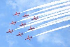 皇家空军展示在塔林,爱沙尼亚- 7月23 英国皇家空军红色箭头皇家空军飞行表演塔林事件, 2013年7月23日 免版税库存照片