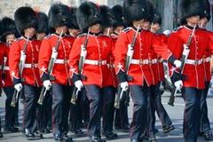 皇家第22个军团的战士游行  库存图片