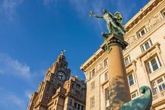 皇家肝脏大厦,码头头,利物浦 免版税库存图片