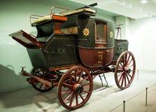 1827皇家邮件马车 科学博物馆在伦敦 免版税库存图片