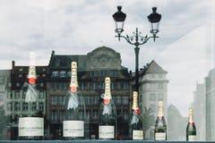 皇家香槟的Moet &尚东不同的大小 免版税库存图片