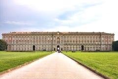 皇家caserta的宫殿 免版税库存图片