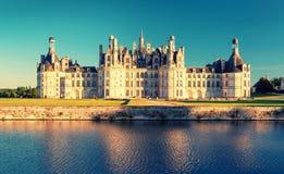 皇家Chateau在日落的de Chambord,法国 免版税图库摄影